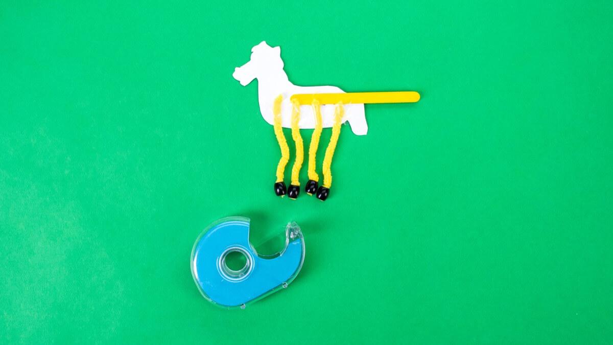 Old MacDonald Had A Farm - Dancing Farm Animals Craft