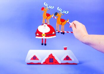 Up On The Housetop - Dancing Santa & Reindeer Play Set