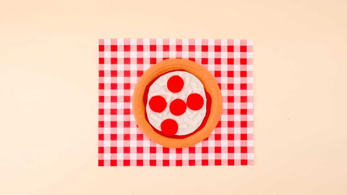 Felt Pizza Craft & Activity