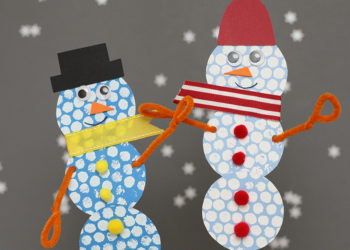 DIY Snowman Craft with Bubble Wrap