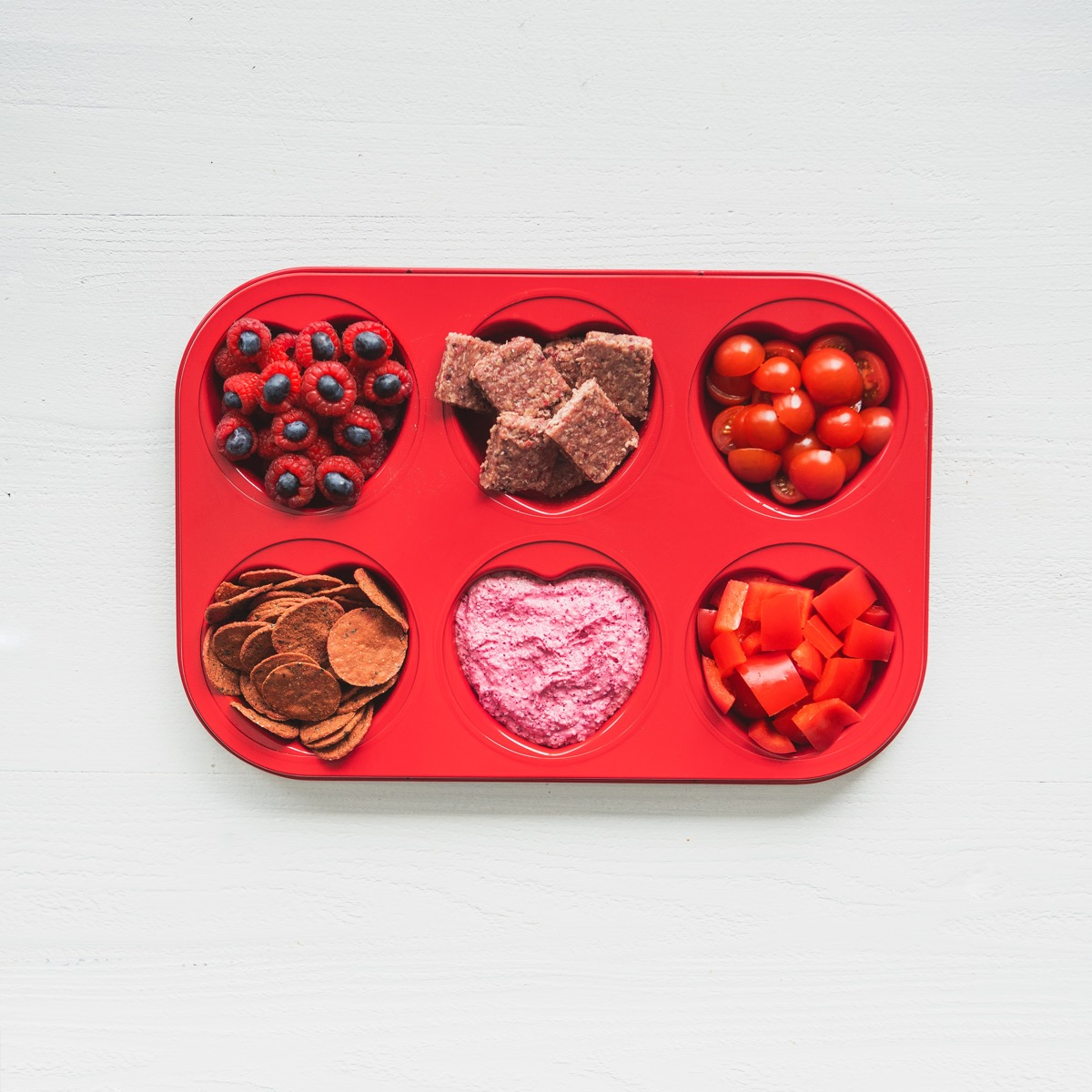 Snacktivity Heart Tray