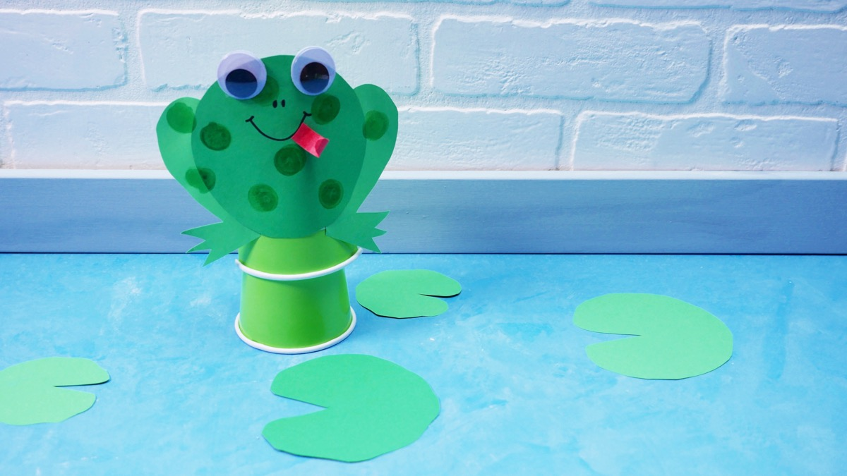 Jumping Frog Craft Super Simple