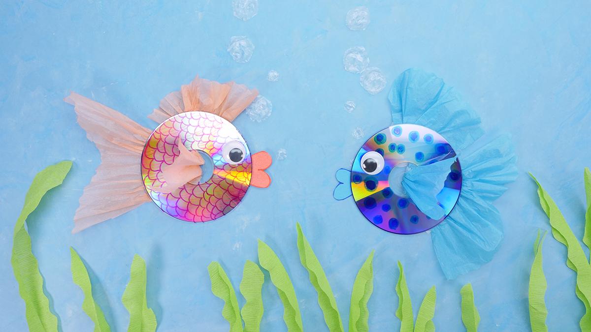 DIY Fish Aquarium using recycled CDs