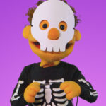 This Is The Way We Trick Or Treat | featuring The Super Simple Puppets