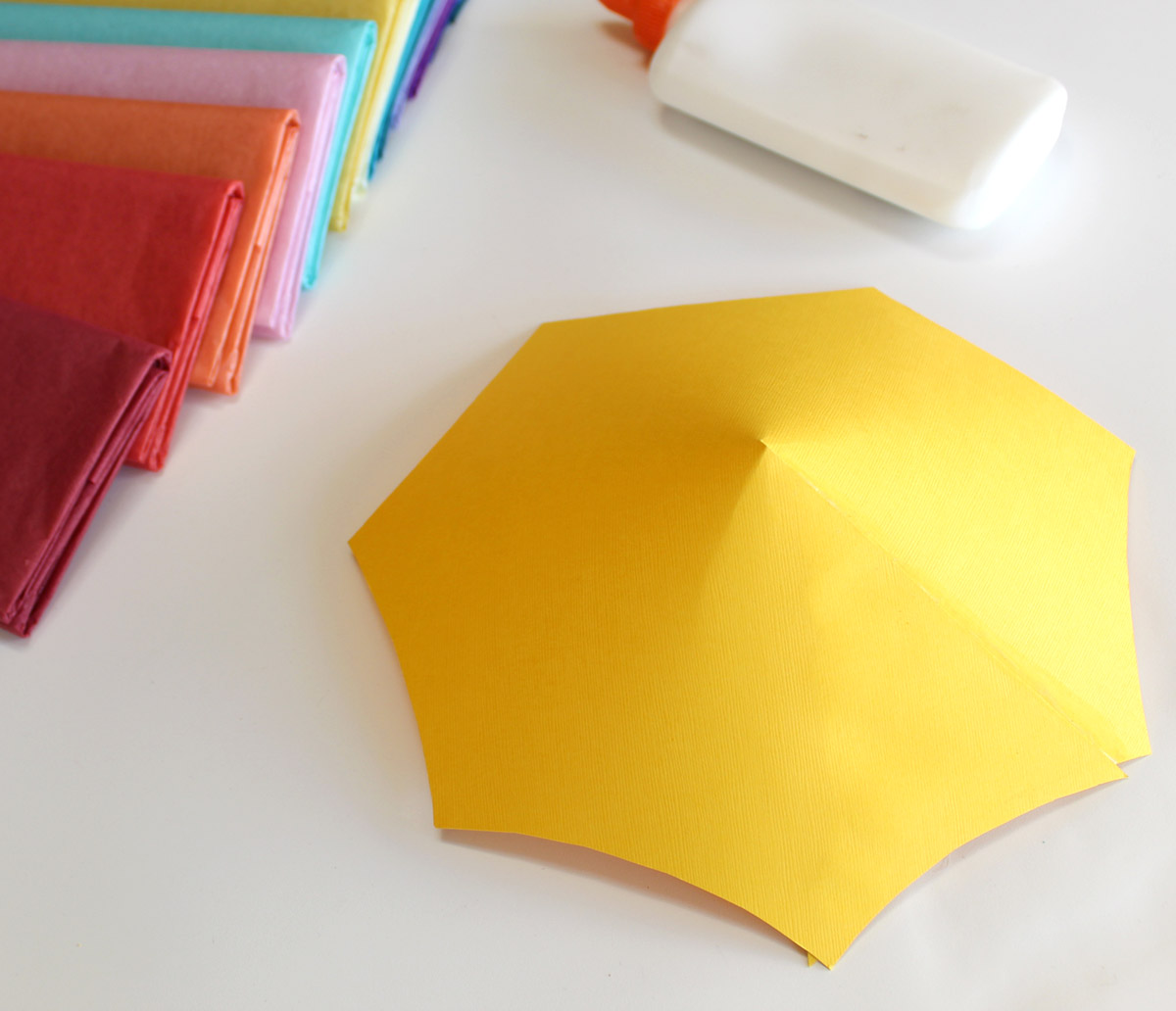 May Flower Umbrellas - Glue