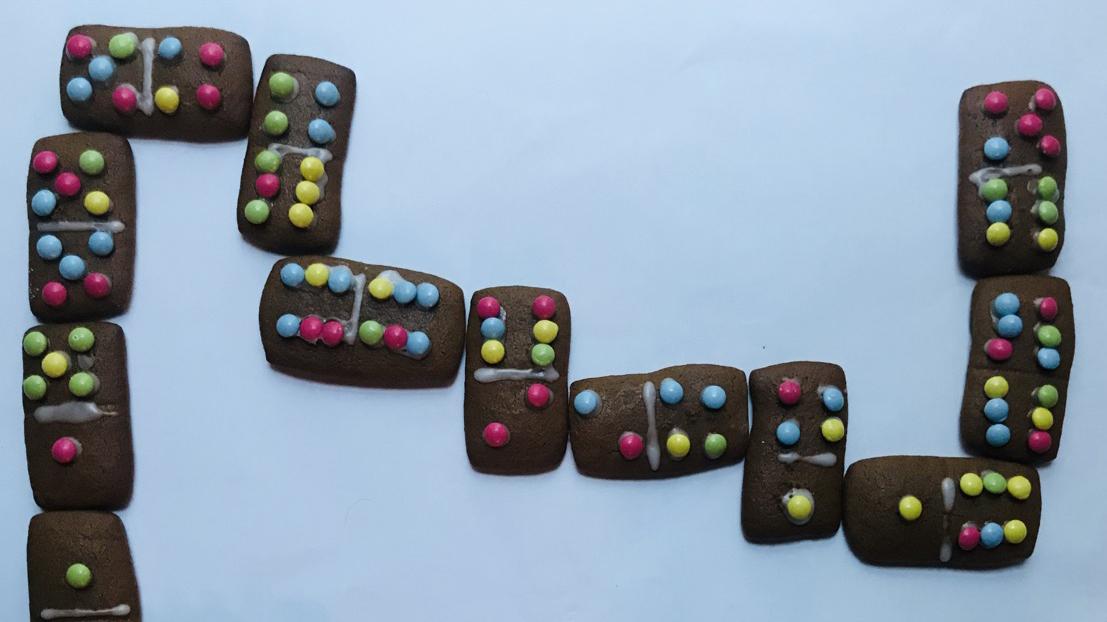 Edible Stem Domino Cookies Super Simple