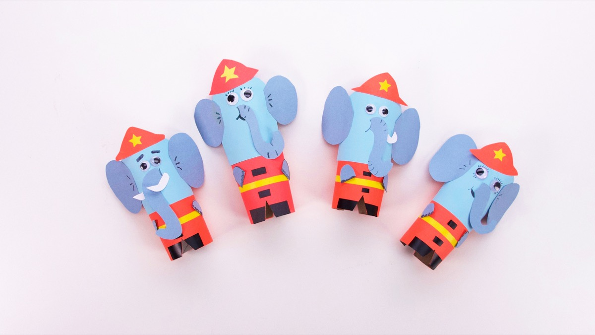 Here Comes The Fire Truck Play Set - Elephants