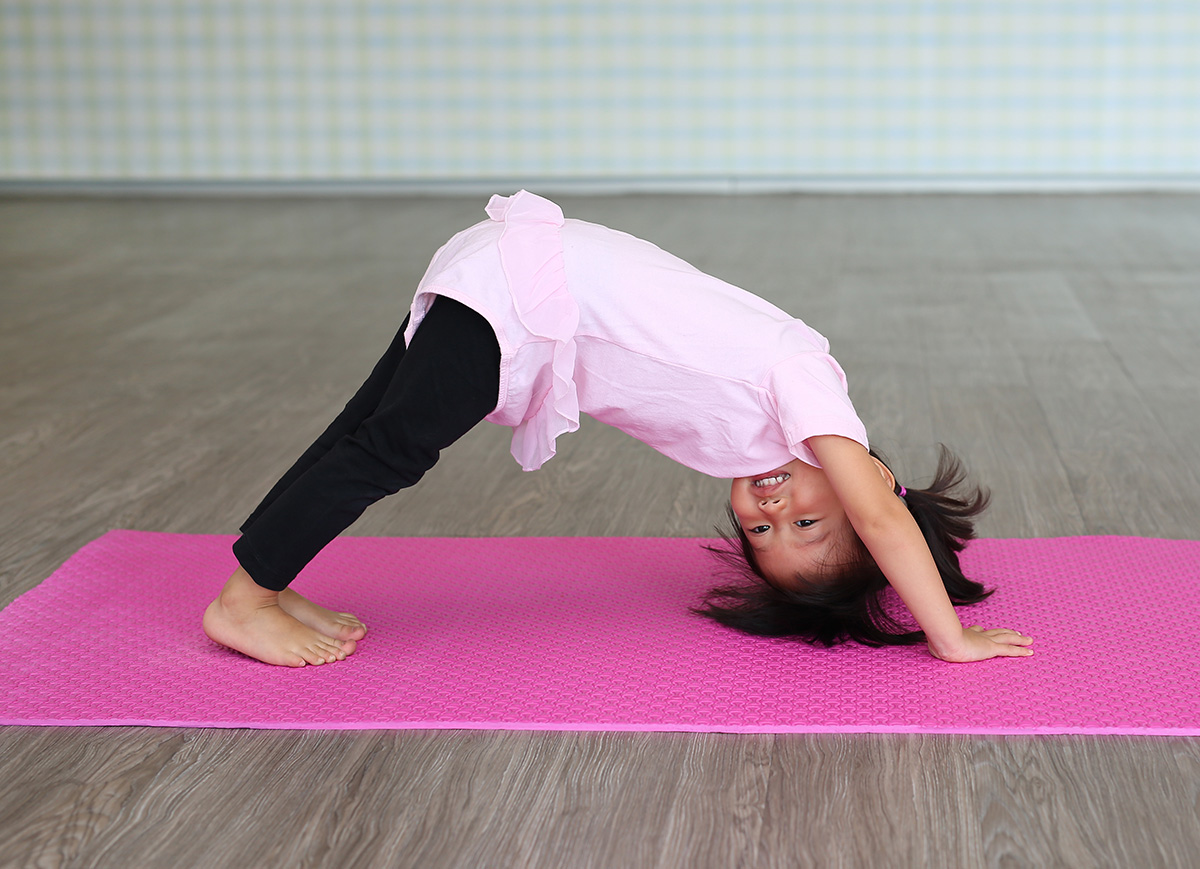 40 Simple Yoga Moves for Toddlers - Super Simple