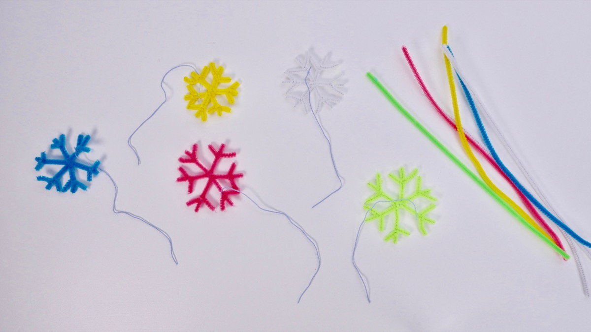 Preparation for crystal snowflakes